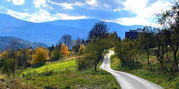 Przysłop – z widokiem na Babią Górę.. Poznaj mało znany szlak