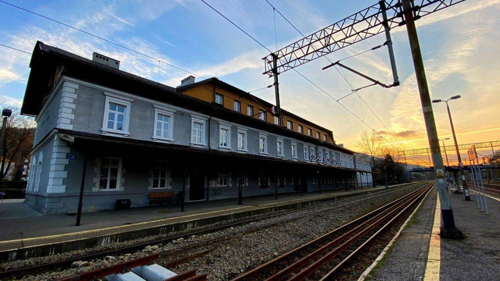 Stacja pkp Sucha Beskidzka