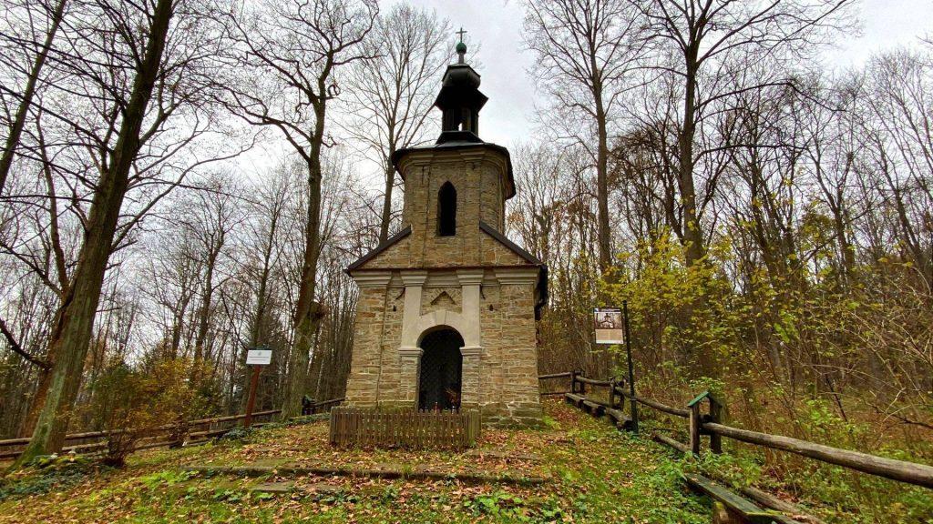 Kaplica na górze Jasień