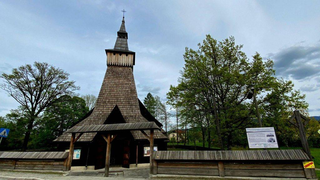 Zabytkowy kościół Cięcina